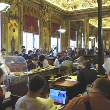 Les propositions du groupe de travail majorité opposition de la Ville de Bruxelles: des avancées en matière de transparence et de gouvernance mais silence sur la politisation des structures et le contrôle du Conseil Communal.